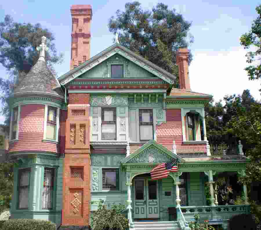 Hale_House,_Heritage_Square,_Los_Angeles-courtesy-Wikipedia