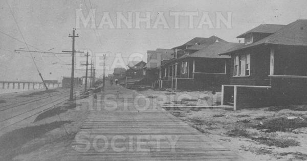 Looking north from the corner of The Strand and 7th St. Note the boardwalk, old Iron Pier, bathhouse at the foot of 11th St., and Los Angeles Pacific tracks.  The first house is 710 The Strand, nextdoor at 712 was the John Blaton home with identical floor plan.  The third house at 716 was the Ken Downs home.