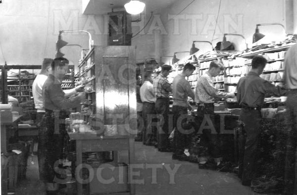 Postal workers inside the Post Office at 1142 Manhattan Ave. before they were moved to the new main P.O. on Sepulveda Blvd.